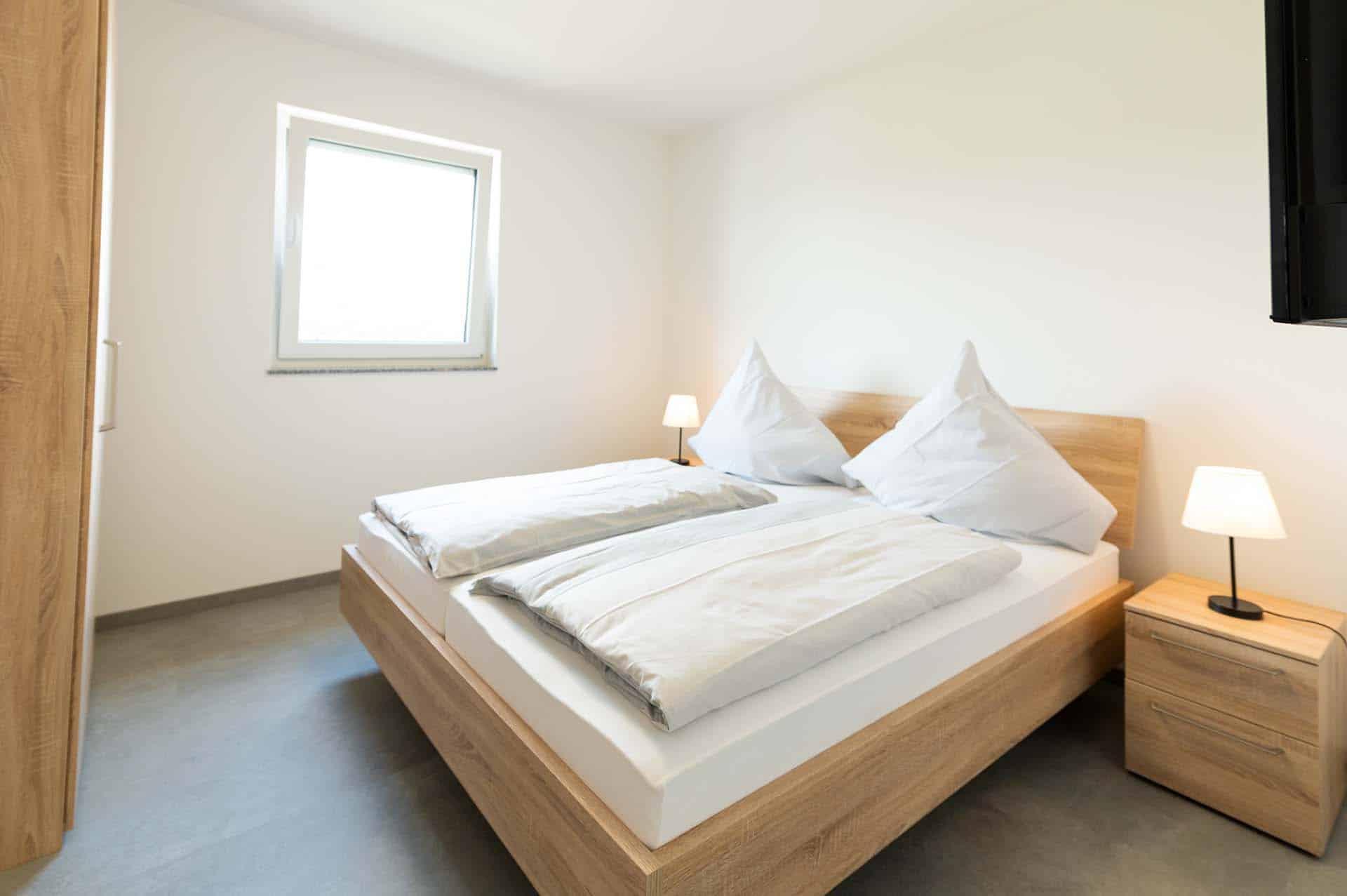 appartement-steine-an-der-grenze-schlafzimmer